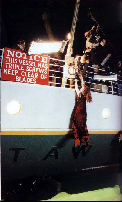 Behind the scenes titanic photo 5850689 fanpop - Was the titanic filmed in a swimming pool ...