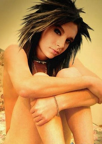 Bill Kaulitz 壁纸 with a bikini, attractiveness, and skin called Bill