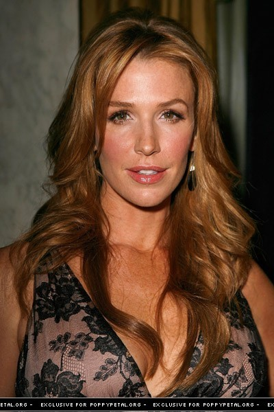 Poppy Montgomery - Picture Gallery