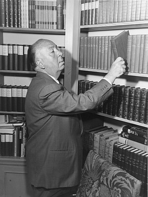 The Alfred Hitchcock giờ
