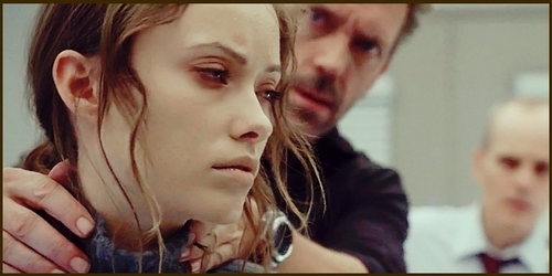 Thirteen & House in 'Last Resort'