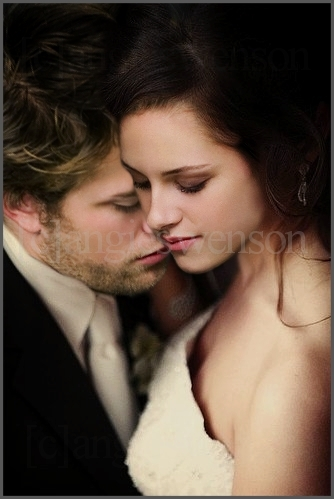 Twilight Series wallpaper with a portrait titled manips