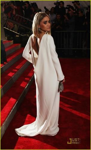 Ashley Olsen - 2009 MET Costume Gala