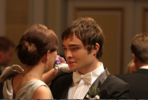 Blair and Chuck Stills Season 1