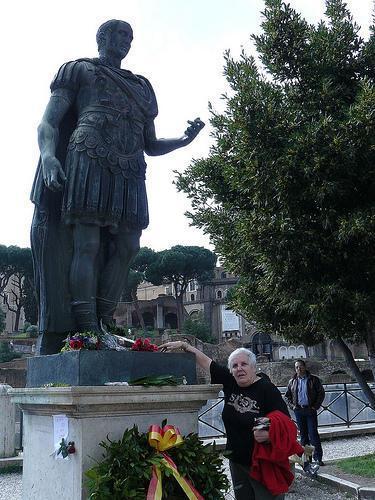 Caesar's Statue, Rome