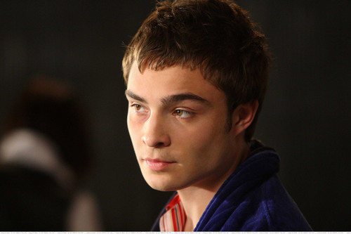Chuck bass, besi Stills Season 1