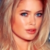 도젠 크로스 사진 with a portrait and attractiveness called Doutzen