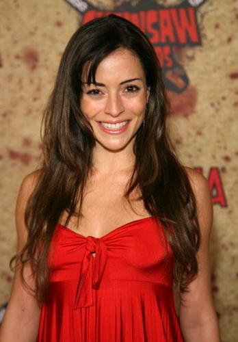 emmanuelle vaugier wallpaper probably with a portrait entitled Emmanuelle