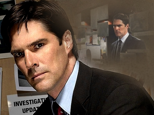 SSA Aaron Hotchner karatasi la kupamba ukuta with a business suit, a suit, and a three piece suit called Hotch karatasi la kupamba ukuta