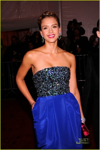 Jessica Alba - MET Costume Institute Gala 2009 - jessica-alba Photo