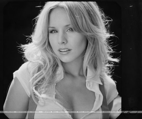 Heroes wallpaper containing a portrait called Kristen Bell