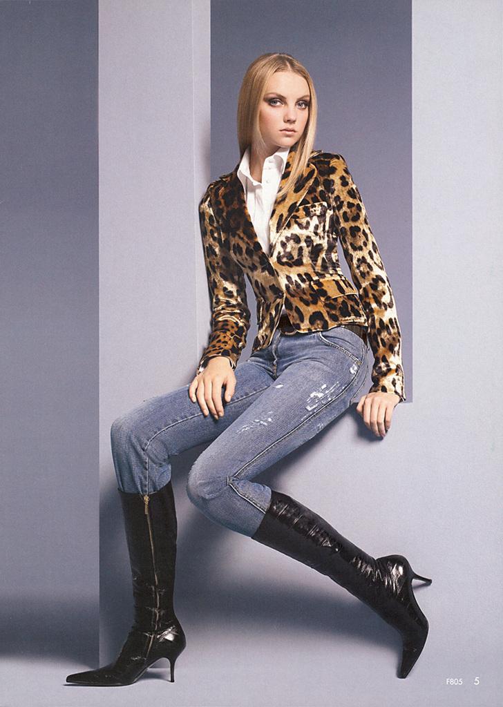 Neiman Marcus - Heather Marks Photo (5992256)