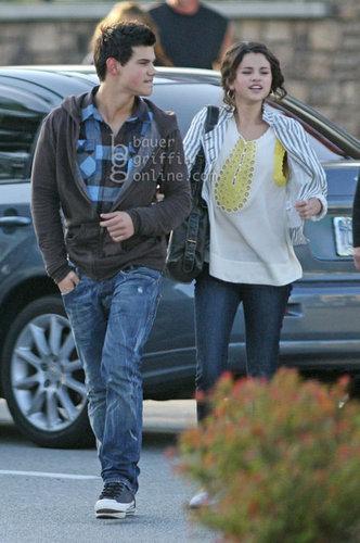 Taylor & Selena