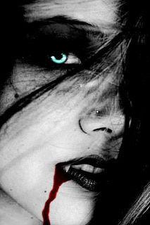 Vampires wallpaper entitled Vampire Girl