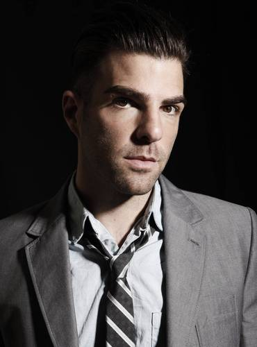 Zachary Quinto wallpaper containing a business suit and a suit called Zachary Quinto