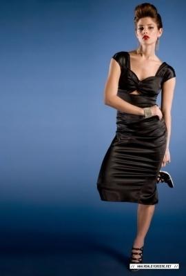 Ashley-Greene-3-twilight-series-6014125-270-400.jpg