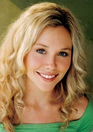Babe Chandler played 由 Amanda Baker