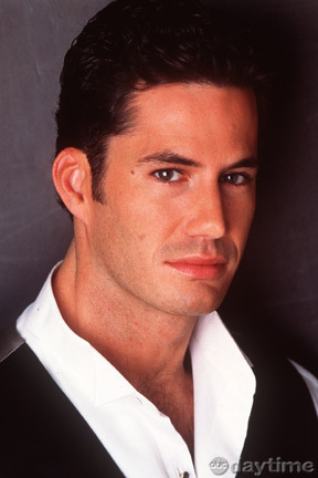 Jake Martin played par Michael Lowry