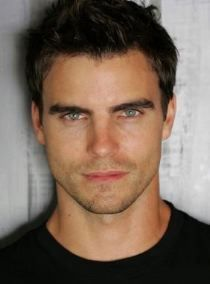 Josh Martin played par Colin Egglesfield