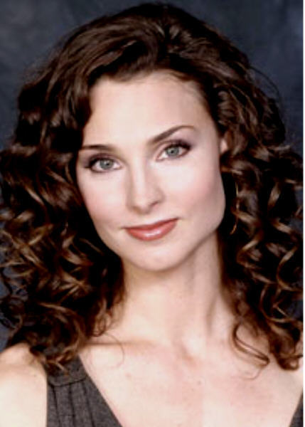 Kendall Hart played por Alicia Minshew