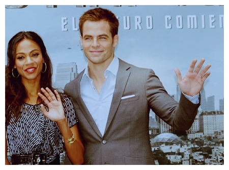 Kirk and Uhura - Chris Pine and Zoe Saldana
