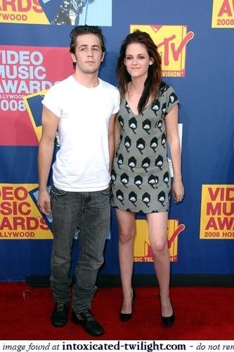 Kristen & Michael at the 2008 এমটিভি Video সঙ্গীত Awards