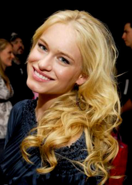 Lily Montgomery played by Leven Rambin