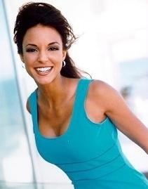 Maria Santos Grey played par Eva La Rue