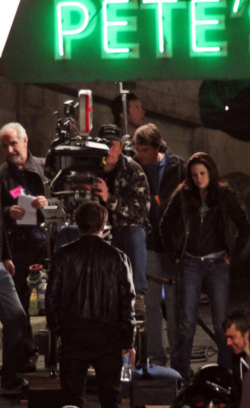 "On the set of ""New Moon"" - May 2"