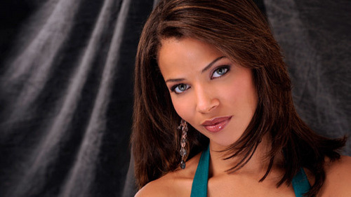 Randi morgan played oleh Denise Vasi