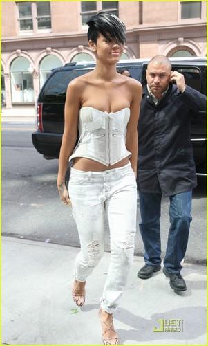 Рианна in NYC