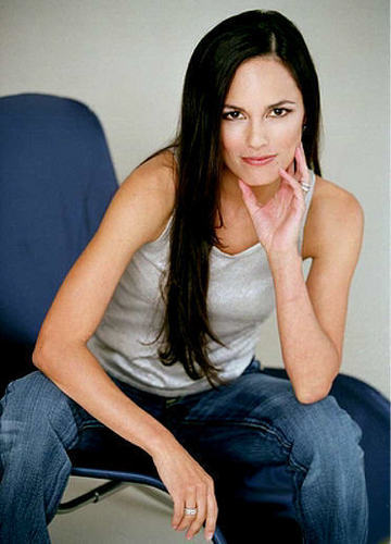 Simone Torres played Von Terri Ivens