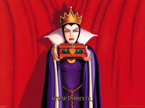 Snow White and the Seven Dwarfs wallpaper titled The Evil Queen