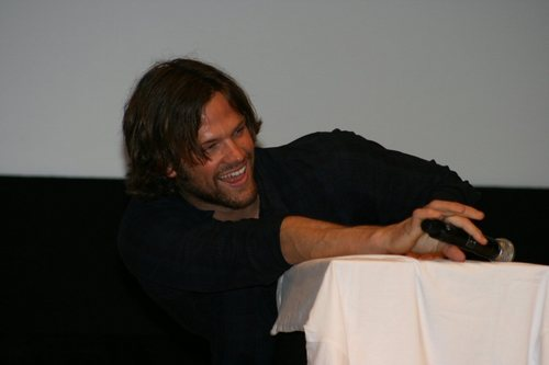 Jared Padalecki wallpaper entitled AHBL Supernatural OzCon Sydney