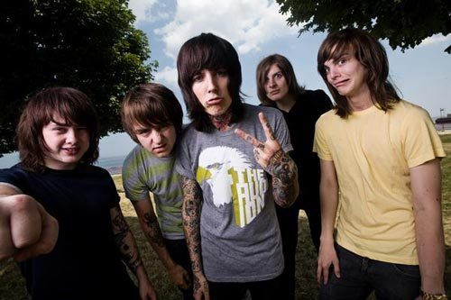 Bring Me The Horizon fond d'écran containing a jersey called BMTH♥