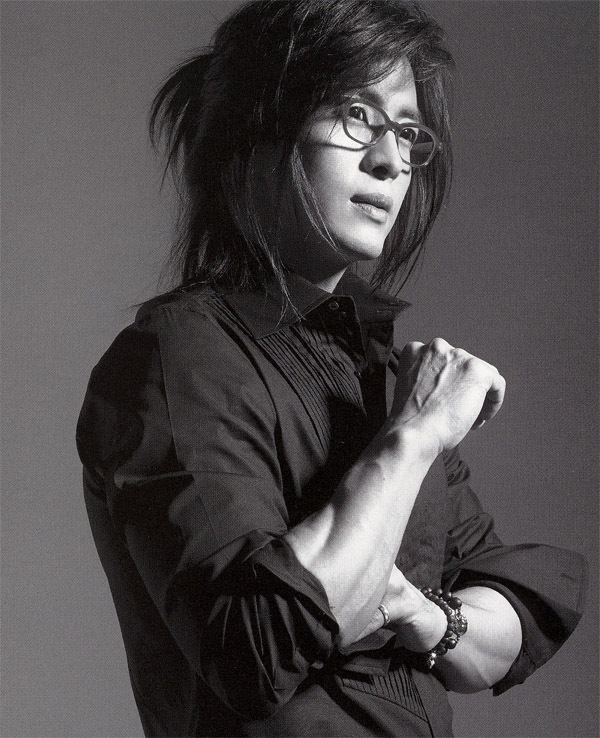 http://www.fanpop.com/clubs/korean-dramas/images/6159599/title/bae-yong-joon-photo