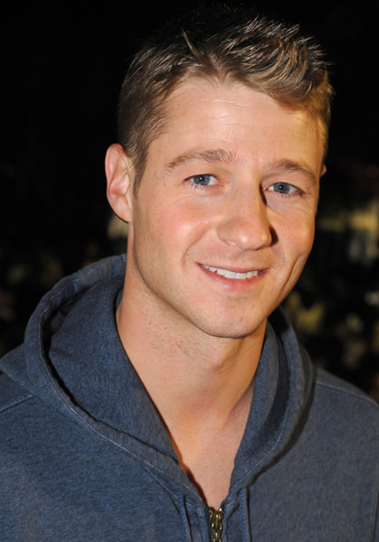 Ben McKenzie Hot