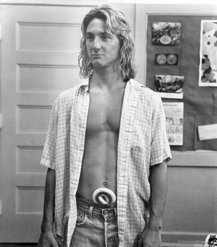 80s Films 바탕화면 called Fast Times At Ridgemont High (1982)