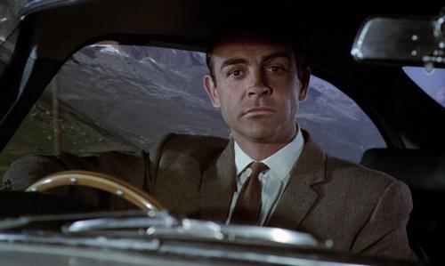 James Bond fondo de pantalla possibly with an automobile entitled Goldfinger