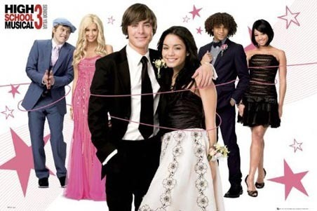 High School Musical 3 wallpaper probably containing a bridesmaid and a dinner dress entitled High School Musical 3♥