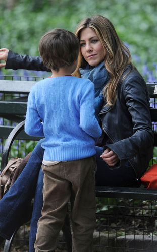 "Jennifer on Set"" The Baster"""