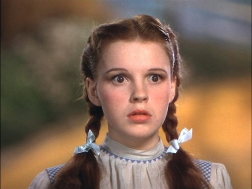 Judy Garland as Dorothy - the-wizard-of-oz Photo