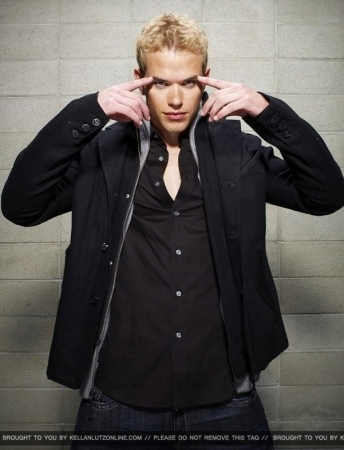 Kellan's Hollywood Life Foto Shoot