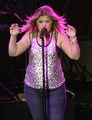 Kelly Clarkson is Fat