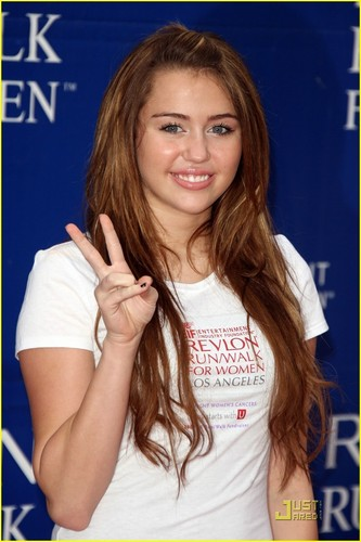 Miley @ 16th annual EIF Revlon Run/Walk For Women