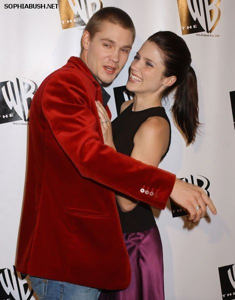 Sophia kichaka and Chad Michael Murray at the The WB 2005 All nyota Party