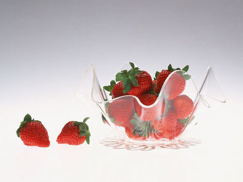 Fruit wallpaper containing a virginia strawberry, a strawberry, and a beach strawberry titled Strawberry Wallpaper