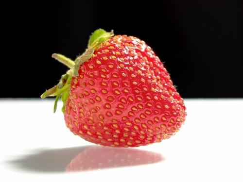 草莓 壁纸