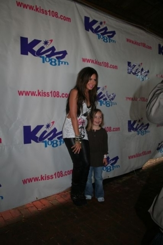 Ashley at 2009 Kiss Concert - Page 3 Ashley-Backstage-at-KISS-Concert-2009-ashley-tisdale-6266279-333-500