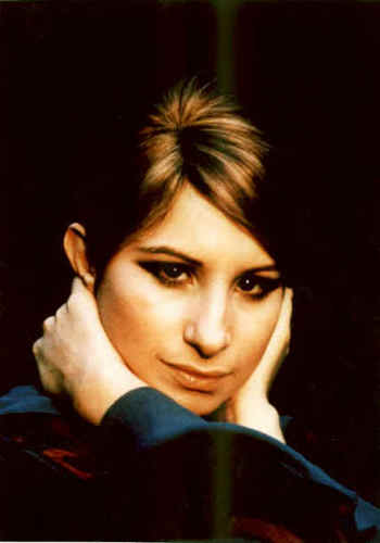 Barbra Streisand پیپر وال probably containing a portrait titled Barbra Streisand